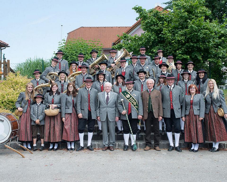 Gruppenfoto des GMV Krenstetten im Jahre 2014