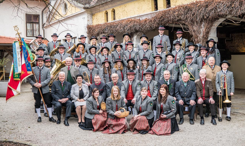 Gruppenfoto des GMV Krenstetten im Jahre 2017