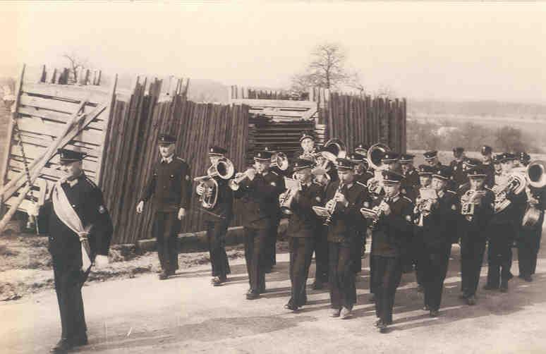 Gruppenfoto des GMV Krenstetten im Jahre 1950