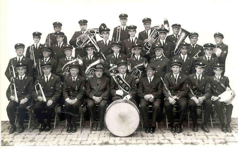 Gruppenfoto des GMV Krenstetten im Jahre 1970